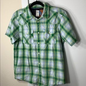 Patagonia green/yellow plaid buttoned shirt